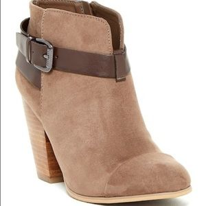 Carlos Santana Harvest ankle booties with buckle